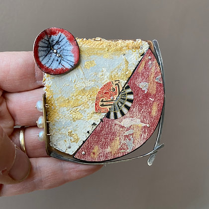 Mixed media brooch/pendant