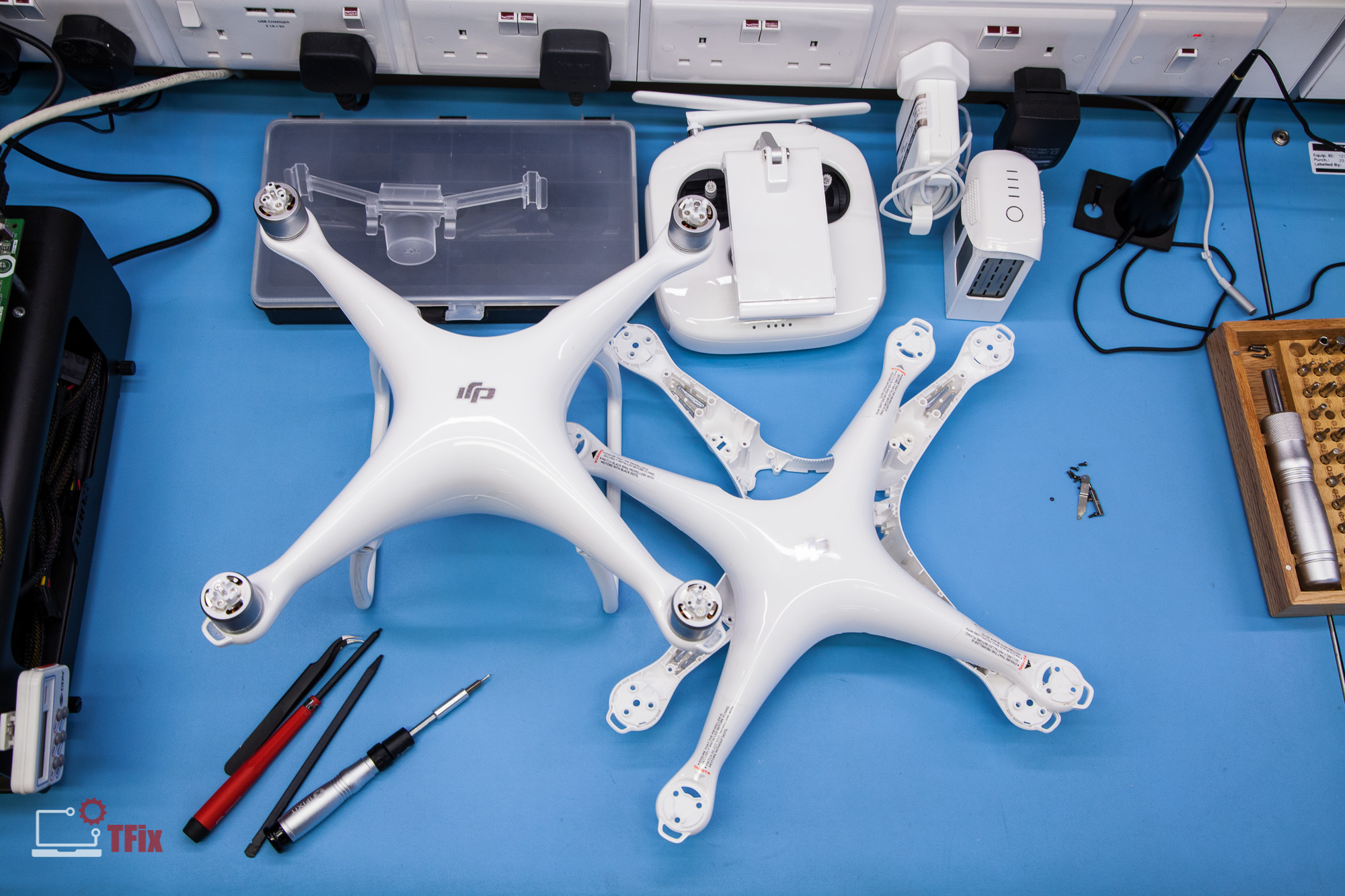 DJI-Phantom-4-Cracked-Shell-Replacement1