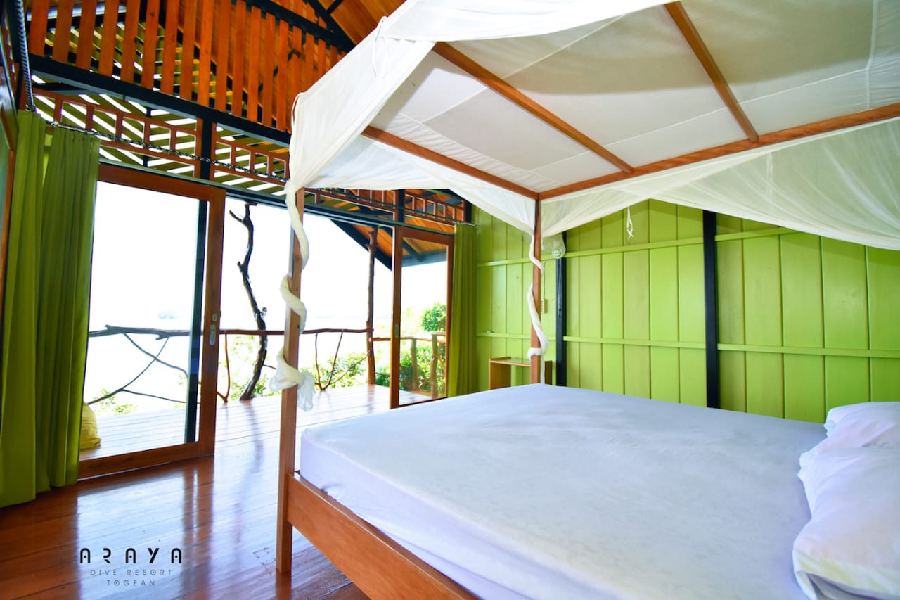 tree house double bed