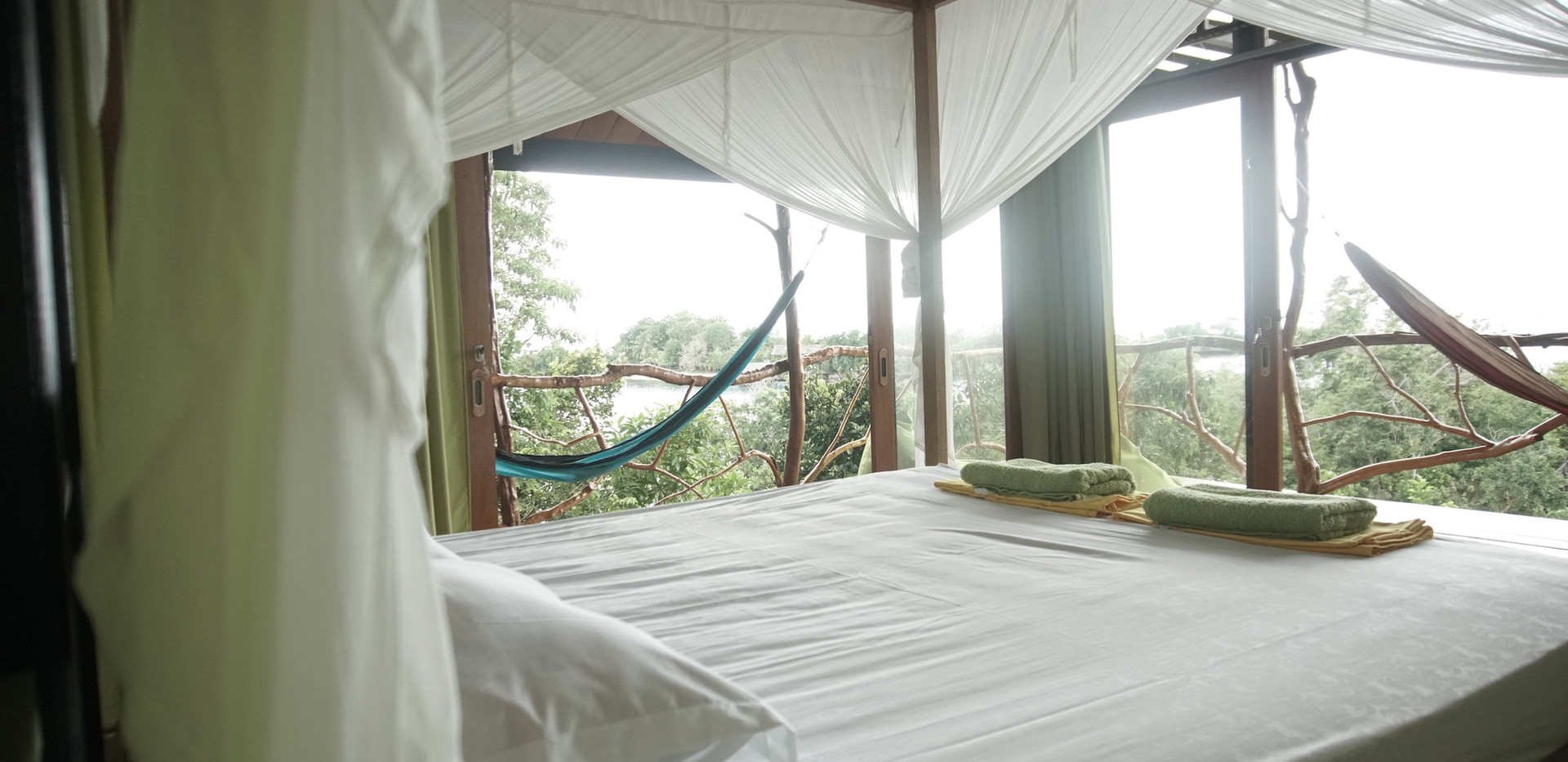 tree house king size bed
