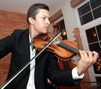 kapela na svadbu - husle