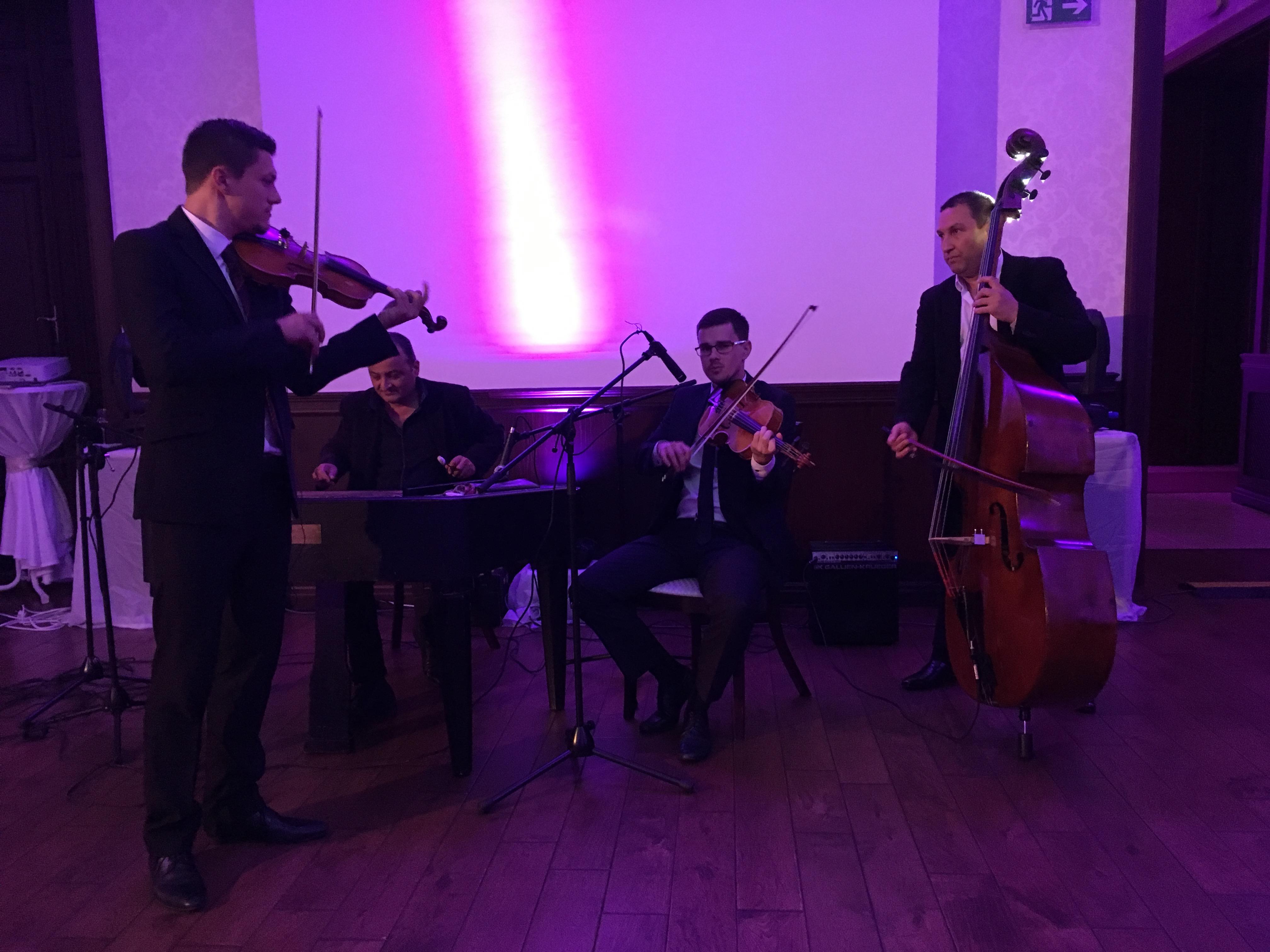 Cimbalová kapela
