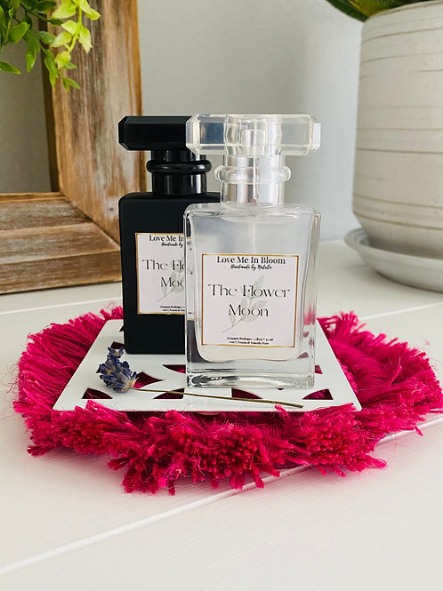 """The Summer """"Moon"""" Perfume Collection"""