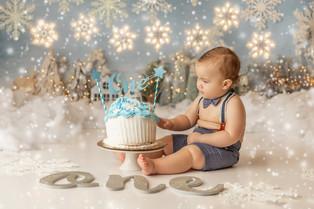 New Jersey Cake Smash Photographer | Winter Wonderland.