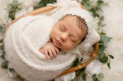 NY newborn photographer AROLZONTA_20163S7A6036-Edit