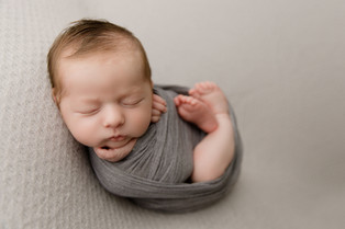 New Jersey Newborn Photographer    Sweet Benjamin.