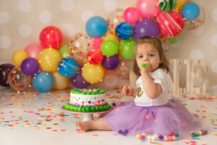 New Jersey Cake Smash Photographer    Camilla is one!