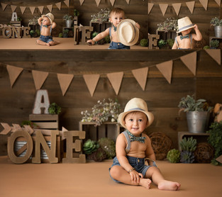 Bergen County New Jersey Newborn Photographer  | Aaron Cake Smash !