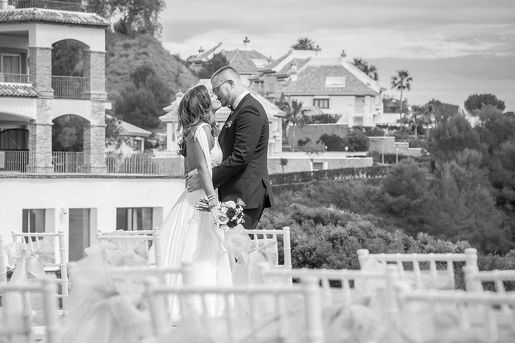 early wedding booking promo sol wedding marbella.jpg