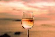 ワインに写る景色.jpg