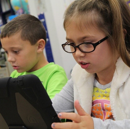 Why You Should Opt for Online Tutoring For Your Child