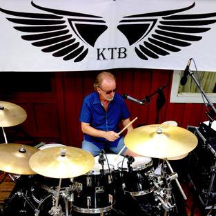 El Drummer Dos