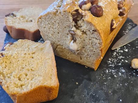 Cake à la farine de seigle et aux noisettes (allégé en sucre)