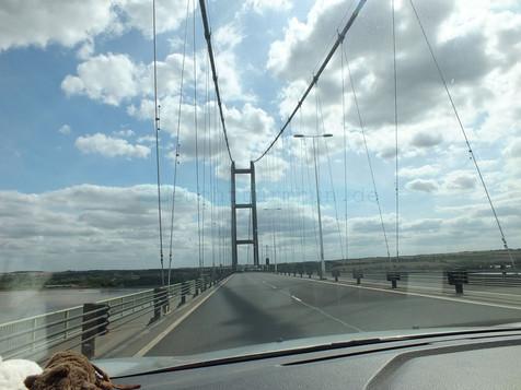 auf der Humber Bridge.jpg