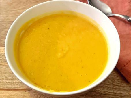 Soupe carotte, céleri, gingembre et coco (vegan)
