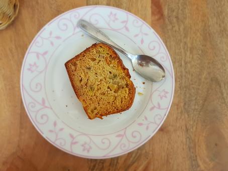 Cake moelleux aux figues, aux pommes et au miel (sans sucre, sans gluten)