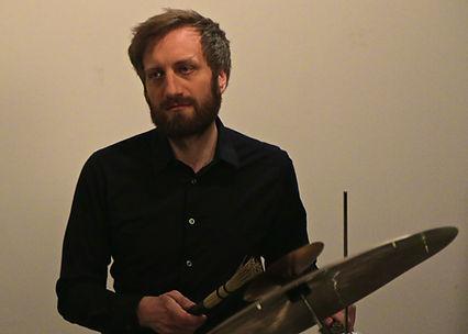 Lucio Marelli,drums, percussion, slendro, sléndro