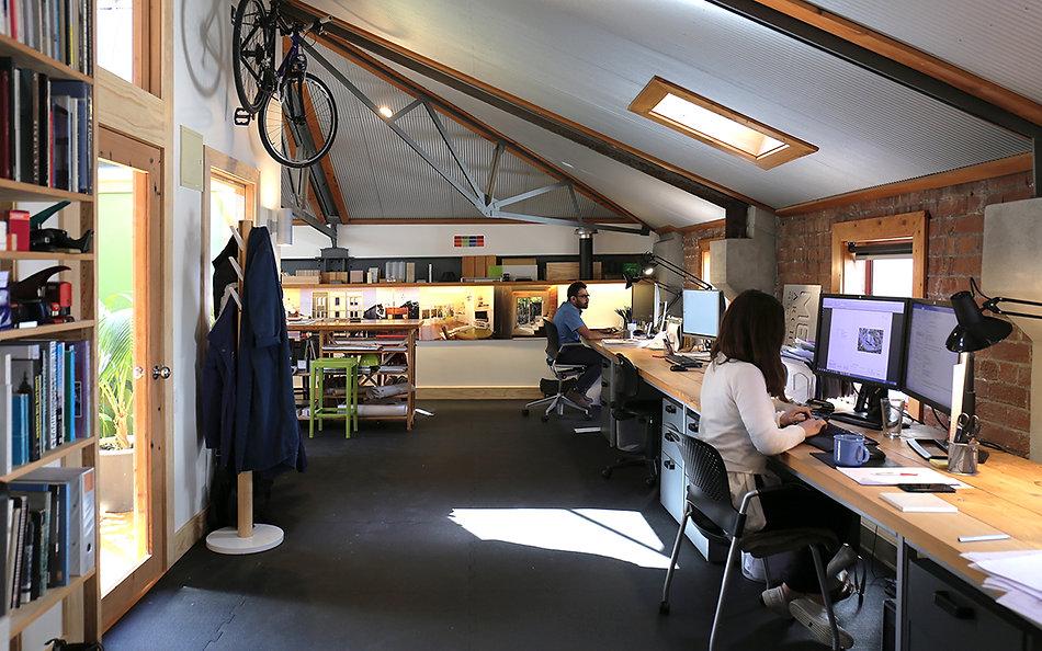 Egmont Garage  (1).JPG