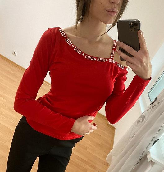 Блуза с камъни