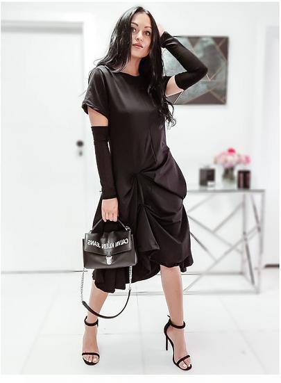 Абстрактна рокля в черно