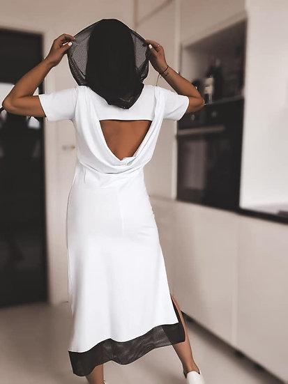 Дълга рокля с мрежеста качулка