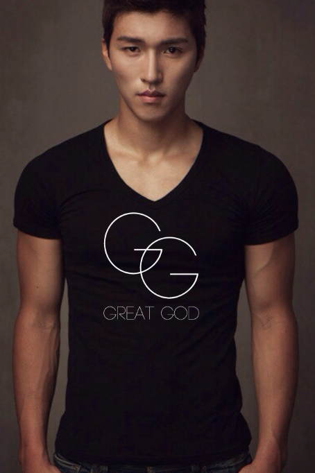 GREAT GOD V-neck Tee (m)