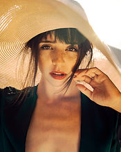 photo-of-woman-wearing-sun-hat-2906664.j