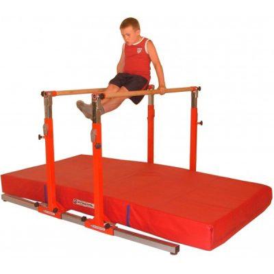"""""""Junior Gym""""-barras paralelas"""