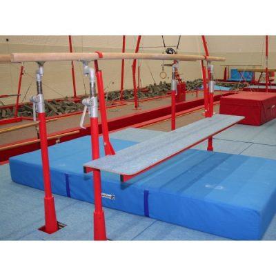 Plataforma de entrenamiento para barras paralelas