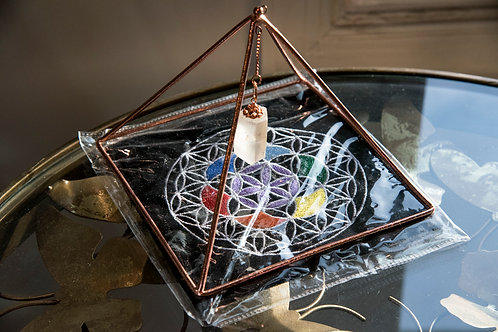 Copper Pyramid Energizer w/Crystal Point & Flower of Life Velvet Mat