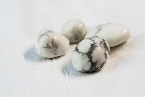 White Howlite Stone: Higher-Consciousness, Soothing, Wisdom