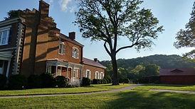 Ravenswood Mansion in Marcella Vivrette Smith Park in Brentwood, Tennessee.jpg