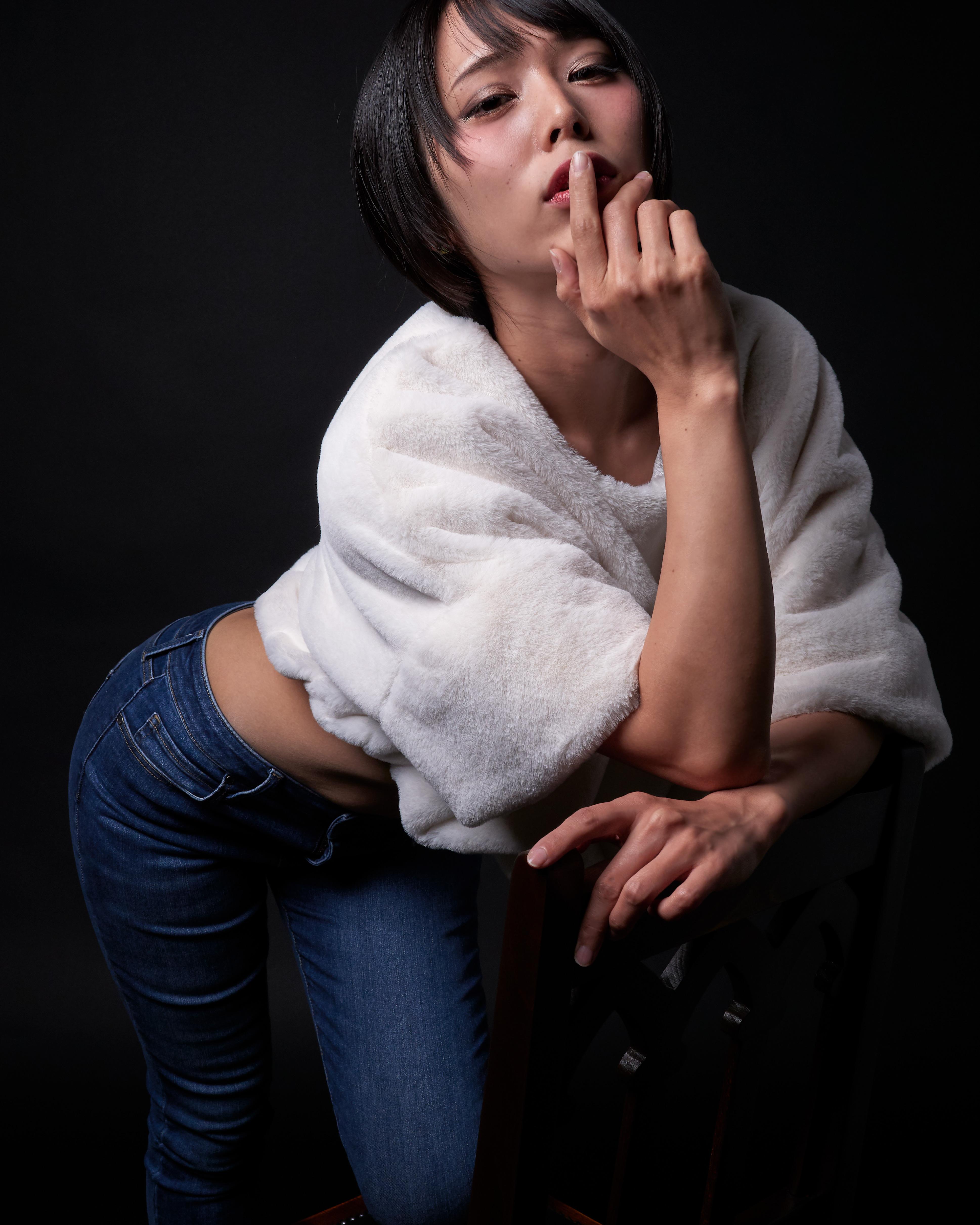 Model: miyu 02