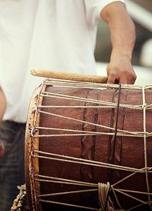 Homme Jouer du tambour