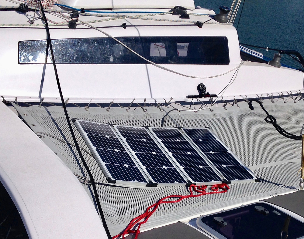 Folding solar panels to recharge the fuel tank anywhere