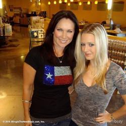 Leeanne Locken & Caitlin