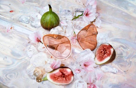 heart-shaped-sunglasses-by-moy-atelier.j