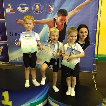 Чемпионат и первенство Республики Башкортостан по прыжкам на батуте, акробатической дорожке и двойно