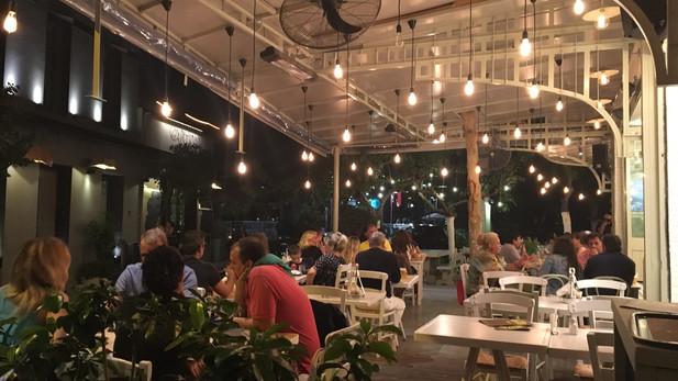 Εστιατόριο στο Γκάζι - Αθήνα