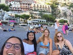 Amigas de Portici, Costa Amalfitana