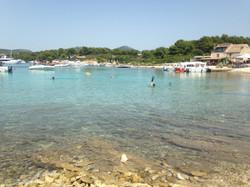 Isla cerca de Hvar, Croacia