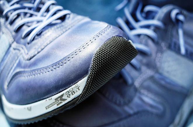 sport-shoe-1470061.jpg
