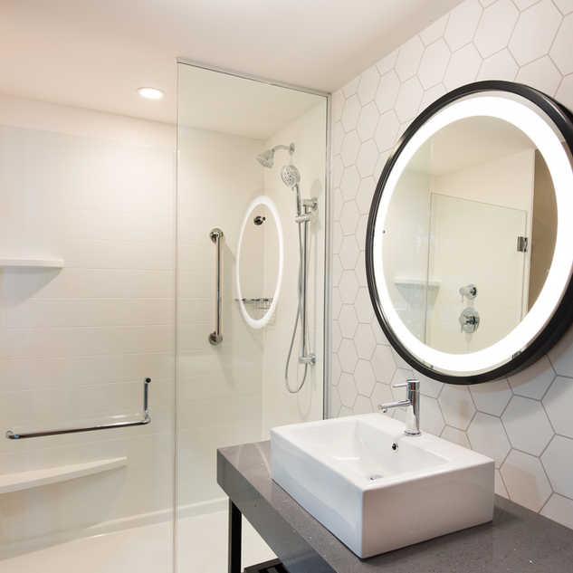 SurePods modular bathroom pod Holiday Inn Nashville