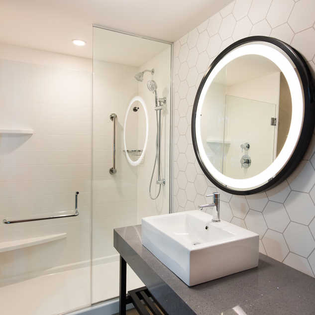 SurePods modular bathroom pod Holiday Inn Nashville