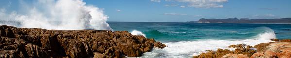 Frendly-Beaches-rocks.jpg