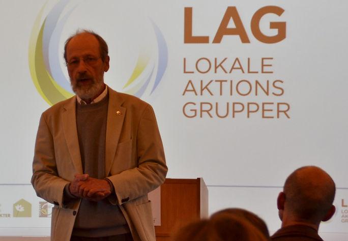 Formanden for LAG byder velkommen.jpg
