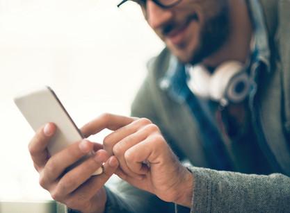 [LINE]でお気軽にお問い合わせ!ユニフォーム作成・マーキングは担当者とのコミュニケーションがカギ!
