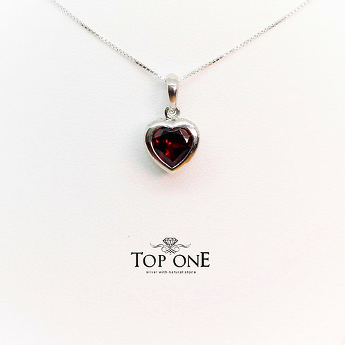 Amore Garnet 925 Sterling Silver Pendant
