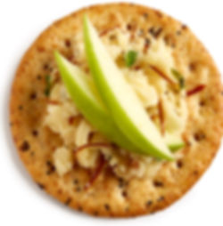 Milton's Gourmet Everything Crackers with freshly sliced apples and smoked Guda cheese