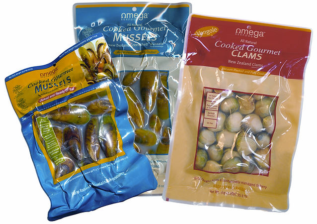Vaccum Packed Pouches of New Zealand Greenshell Mussels and Littleneck Clams